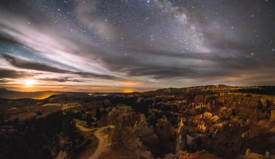 Night sky over Bryce Canyon National Park, Utah, USA on northtosouth.us
