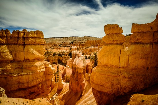 Bryce Canyon hoodoos, Utah, USA on northtosouth.us