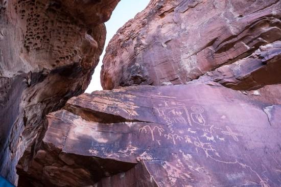 Atlatl Rock Petroglyphs, Valley of Fire State Park, on northtosouth.us