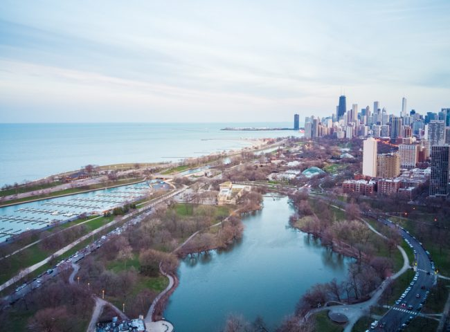 Lincoln Park, Lake Michigan and Chicago skyline view