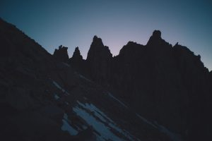 Hiking Down the 99 Switchbacks of the Mt Whitney Trail at Night - northtosouth.us